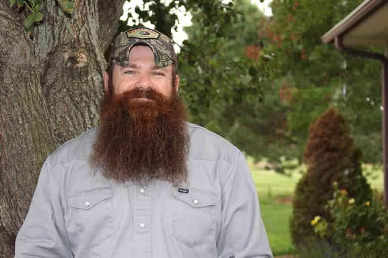 jesse lilyhorn nisly brothers trash service driver