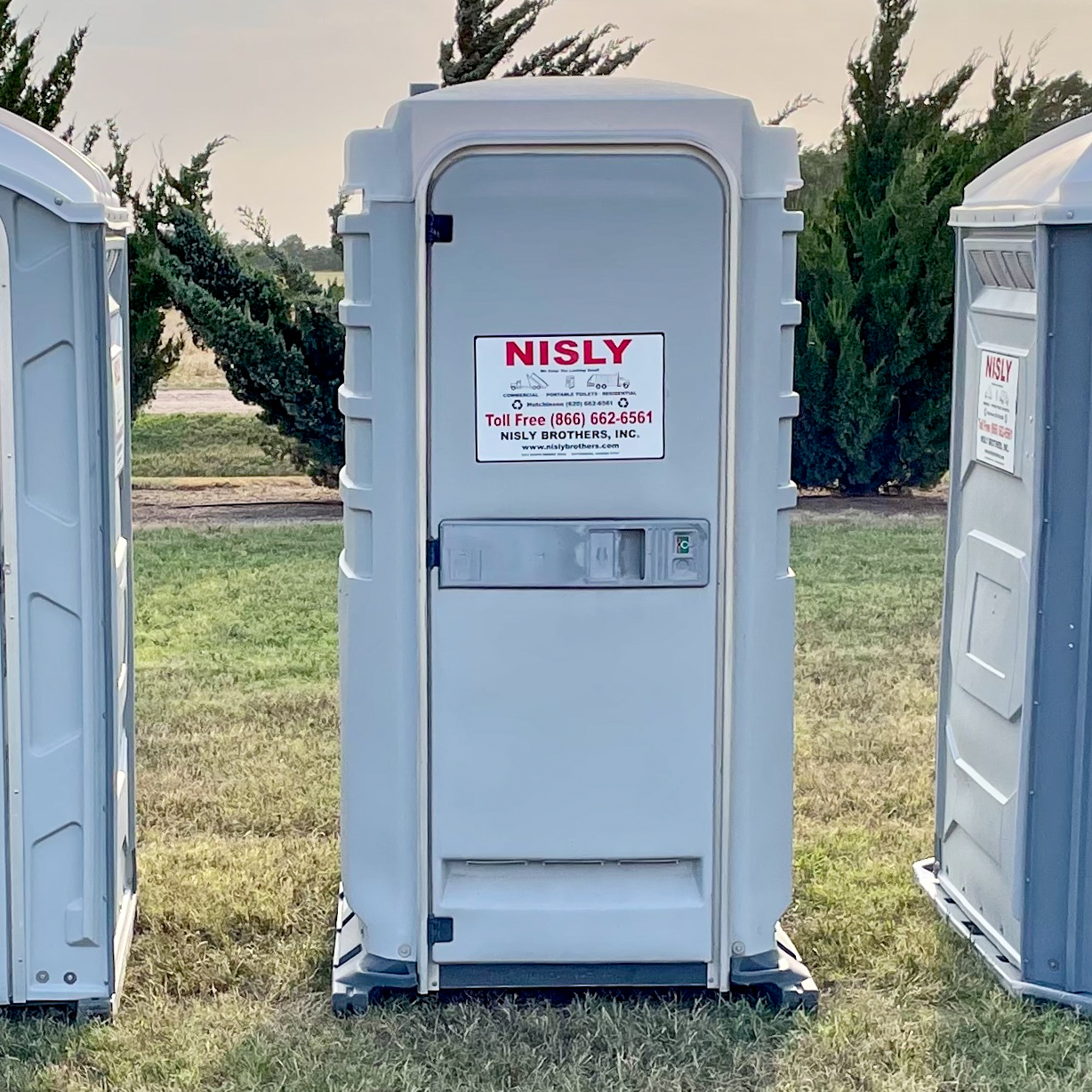 clean portable elite porta potty for rent near mcpherson kansas ideal for construction workers