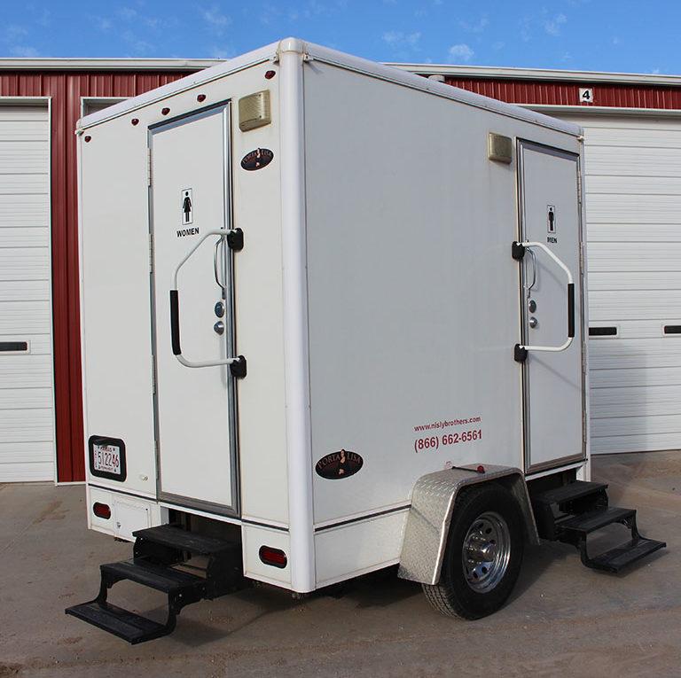 portable toilet rental in kansas